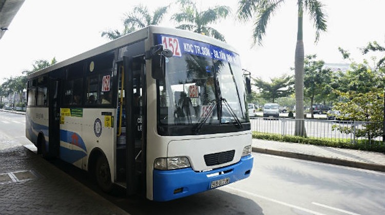 512 bus (как добраться из аэропорта Хошимина в центр города)