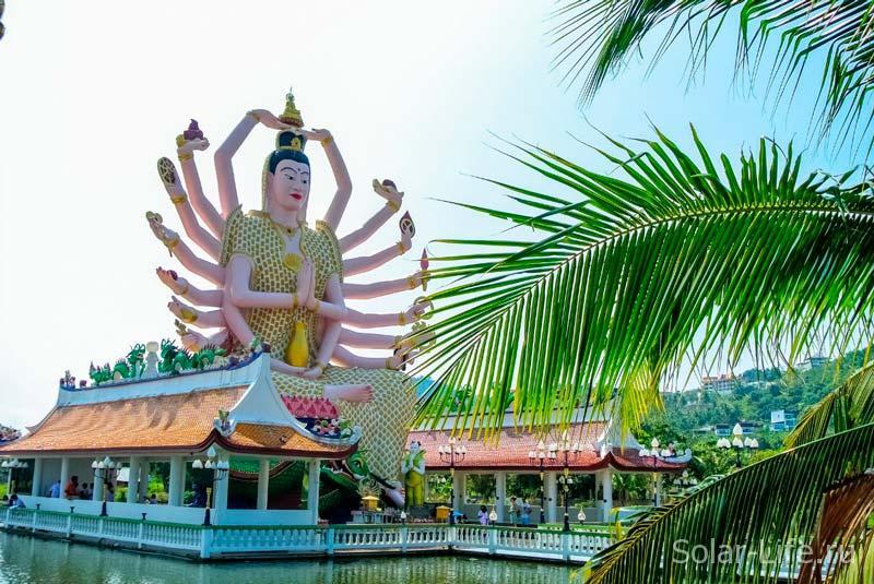 wat-plai-laem-samui-thailand