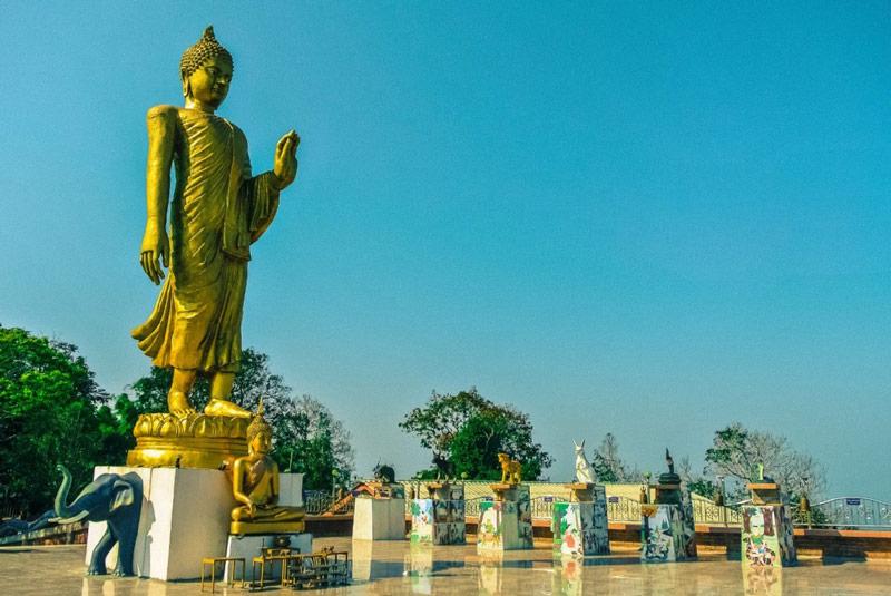 walking-buddha-samui